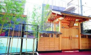 東京インターナショナルスクール 正門